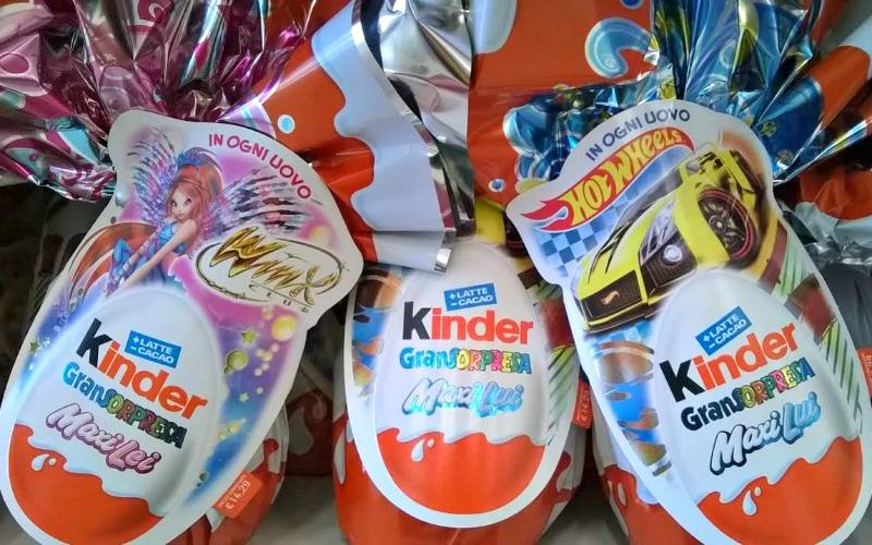UUUUUova-di-Pasqua-Kinder-2015-Maxi-Lei-Winx-Maxi-Lui-Hotwheels