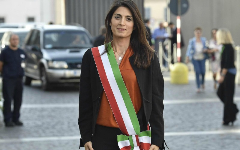Ao-VIRGINIA-RAGGI-facebook