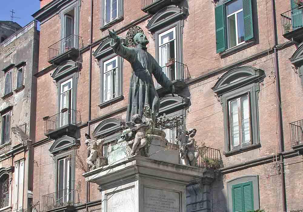 piazza-san-gaetano-0