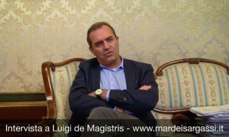 de Magistris - Napoli - città senza pace