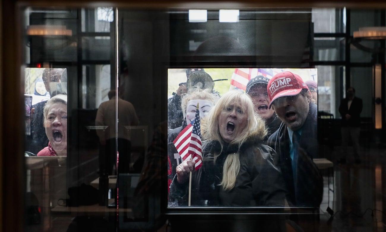 lockdown protesta USA covid-19