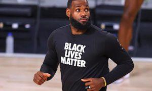 NBA - James