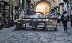 Napoli - Cultura - Manfredi
